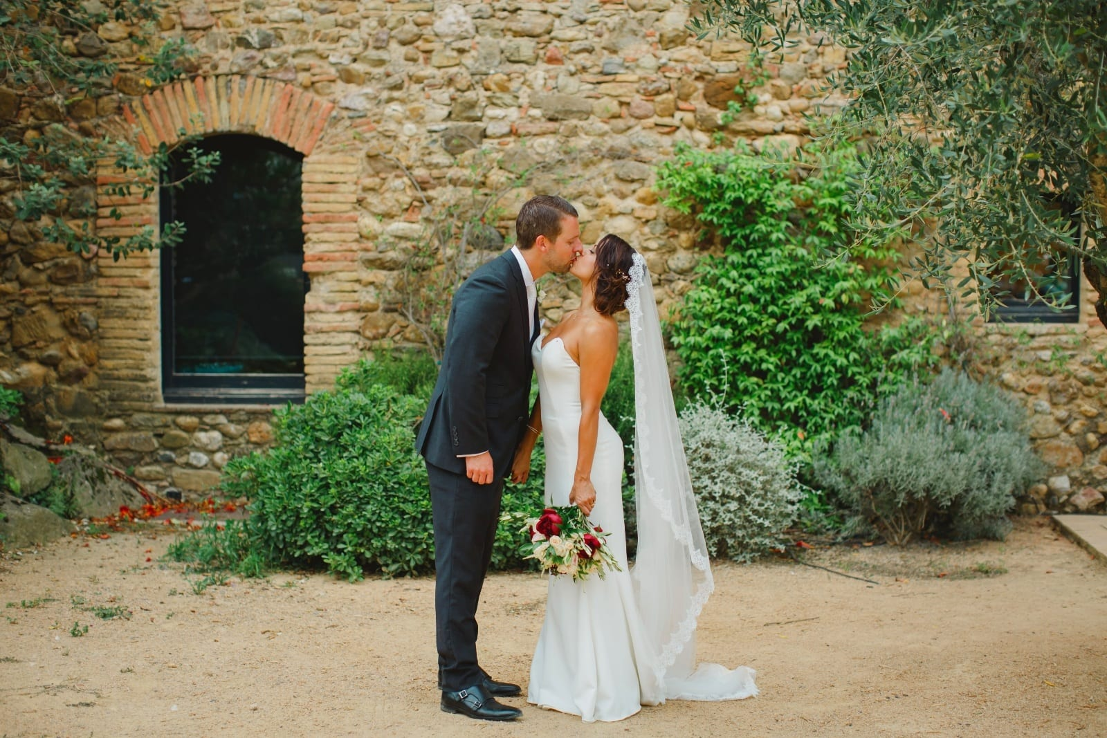 Tips-for-Planning-a-Destination-Wedding